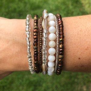 Handmade, natural shell memory wire wrap bracelet
